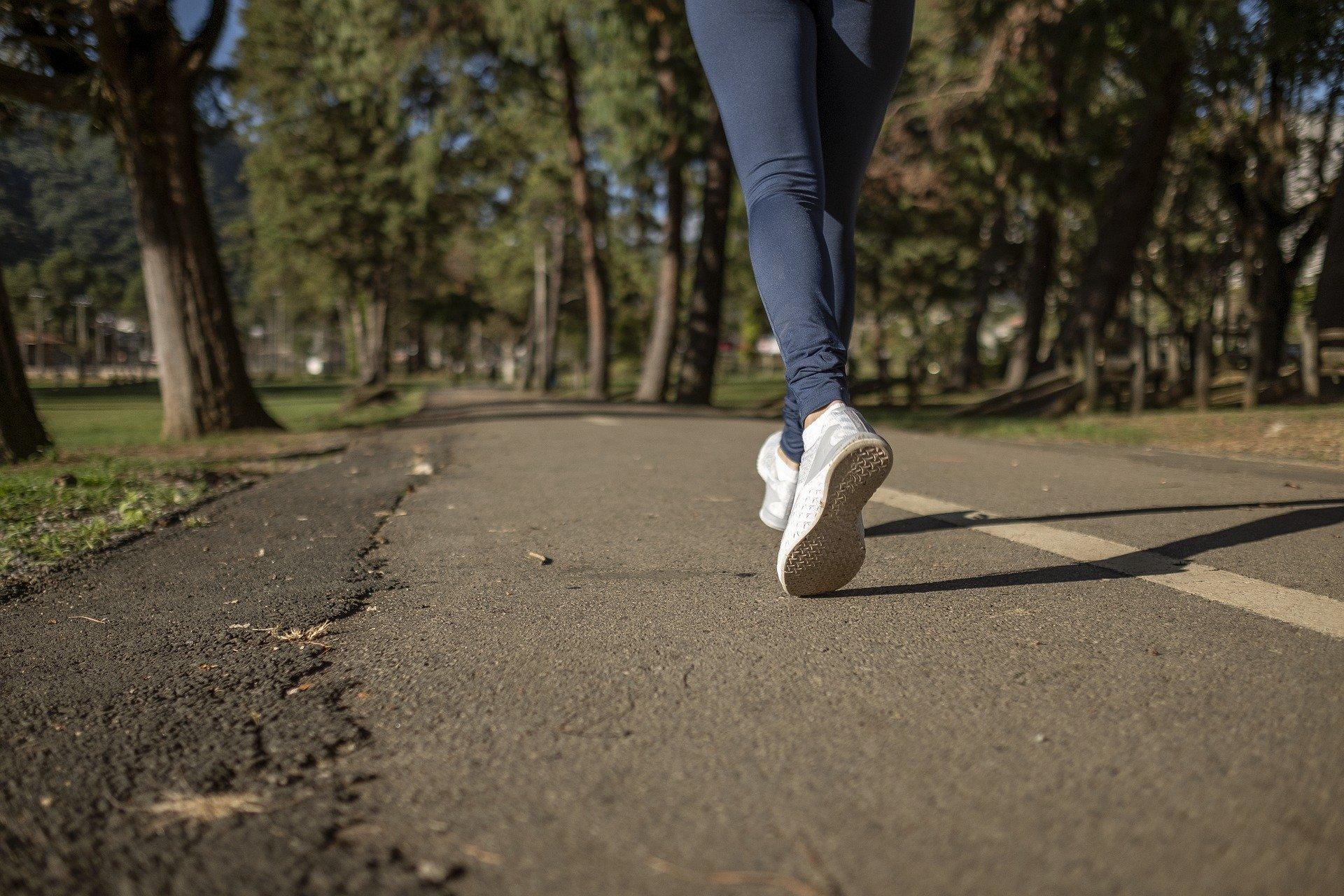 CRF-MT promove caminhada do Dia Internacional do Farmacêutico