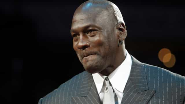 Lenda da NBA, Michael Jordan declara apoio à liga sobre postura pró-vacina