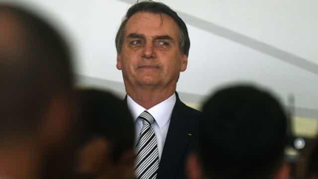 Bolsonaro veta projeto que define 'praça' para cobrança do IPI