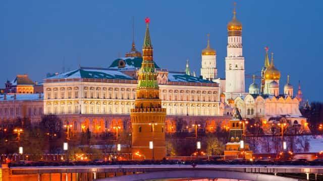 Rússia ultrapassa pela 1ª vez marca de mil mortes por Covid em um só dia